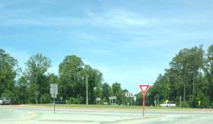 As a former transportation planner, I still don't understand the reason for the sudden roundabout in the middle of Highway 46, but here it is...
